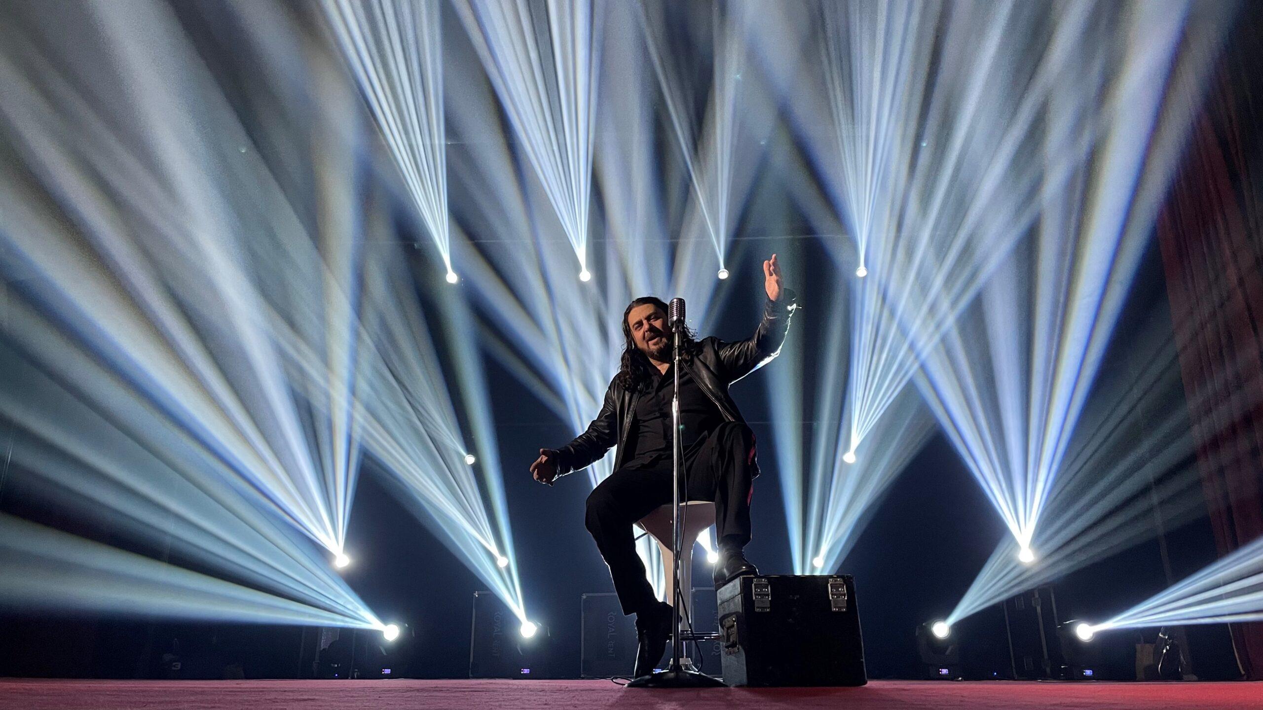 """Новата песен на Джони """"Да си моя"""" е вдъхновена от несподелената любов"""