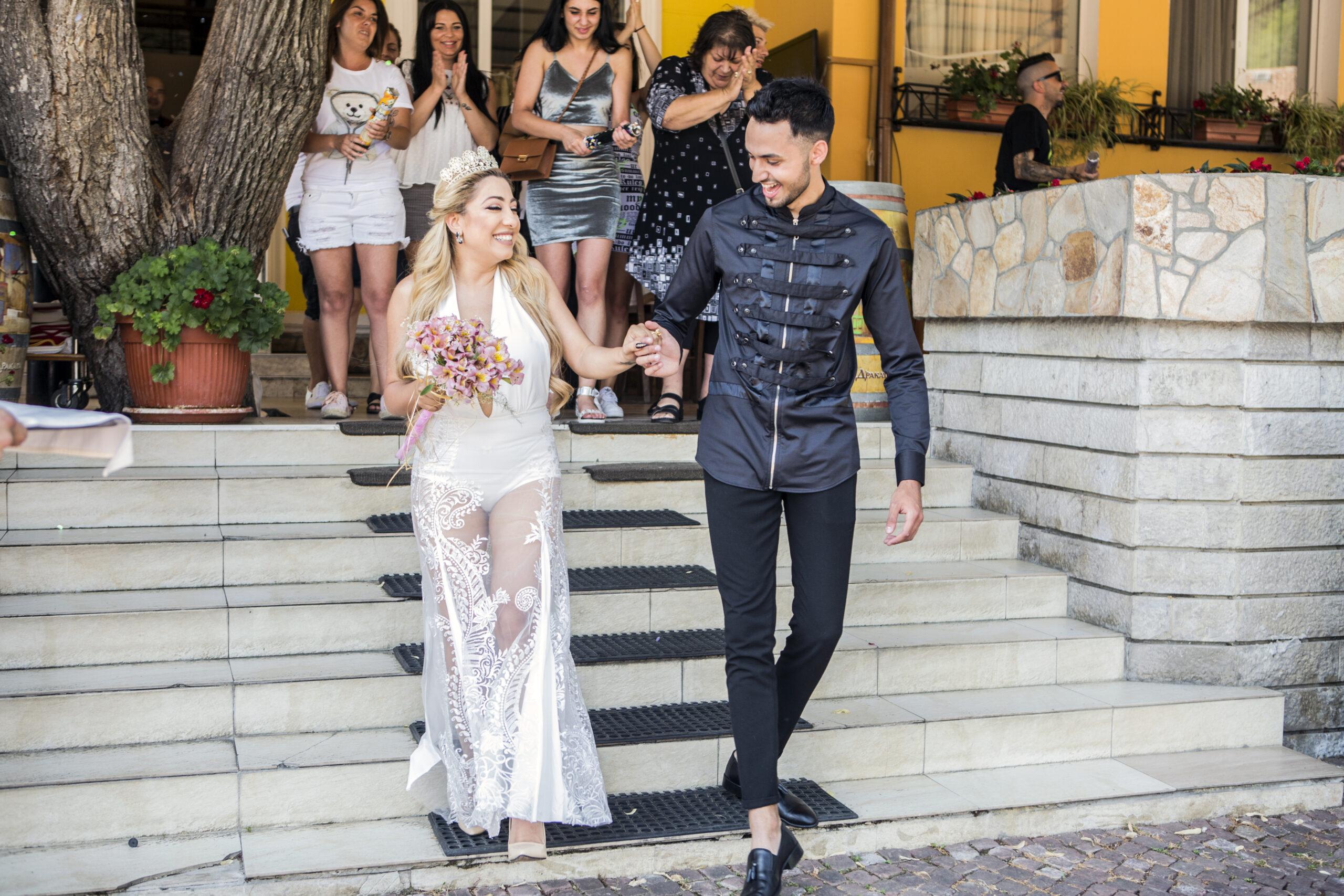 Sinan се ожени за Роксана